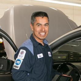 Daniel Mendez, Shop Foreman, ASE Certified Technician